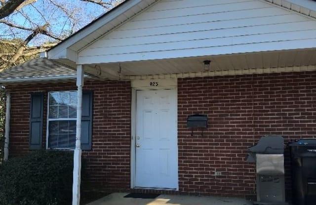 933 Oak Street 933 - 933 Oak Street, Mooresville, NC 28115