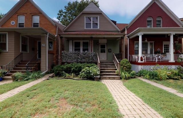 831 North Lombard Avenue - 831 North Lombard Avenue, Oak Park, IL 60302