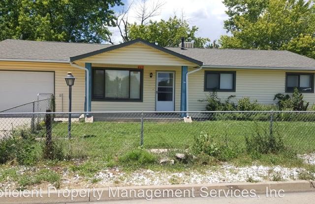 527 Fields Ave - 527 Field Avenue, Cañon City, CO 81212