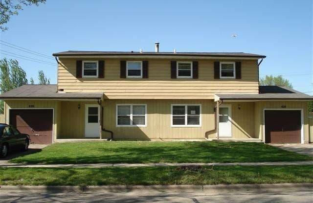 426 Moorland Road - 426 Moorland Road, Madison, WI 53713