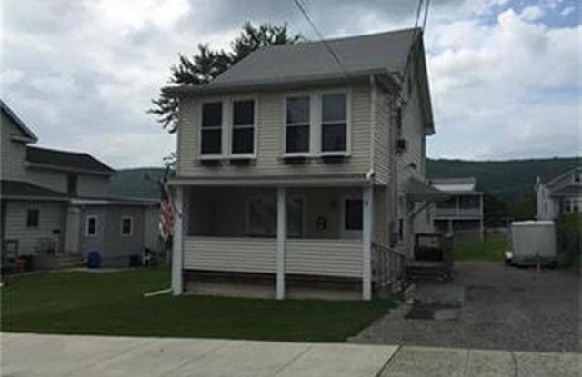 7 East Phillip Street - 7 East Phillips Street, Coaldale, PA 18218