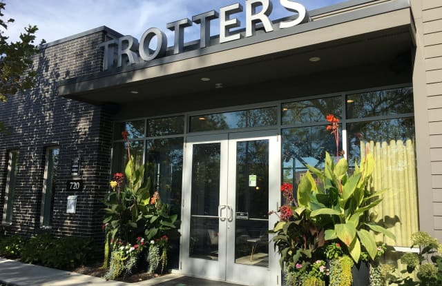 Trotters Park - 720 Michigan Ave, Columbus, OH 43215