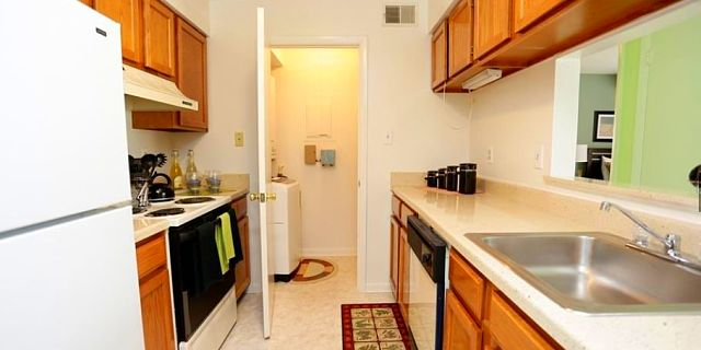40 Best Cheap Apartments In Alexandria VA With Pictures Custom 1 Bedroom Apartments In Alexandria Va Creative Design