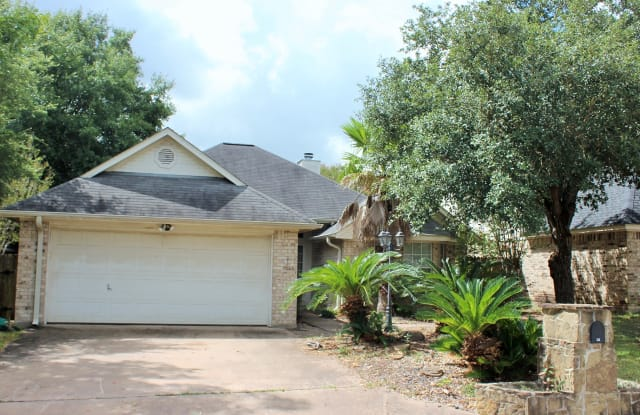 312 Scenic Brook Street - 312 Scenic Brook Street, Brenham, TX 77833
