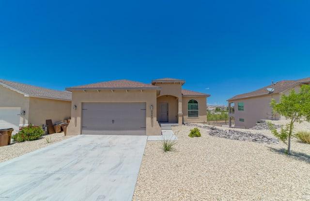 2989 Escenico Court - 2989 Escenico Court, Las Cruces, NM 88012