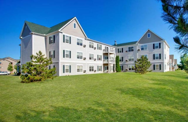 Buckhorn Station Apartment Homes - 4560 S Nicholson Ave, St. Francis, WI 53110