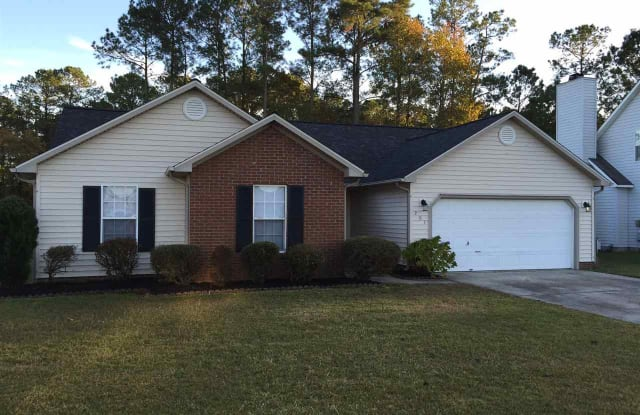 201 Rosewood Circle - 201 Rosewood Cir, Piney Green, NC 28546