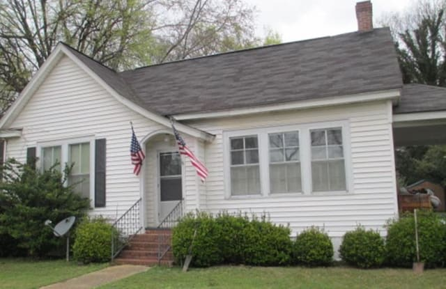 112 East Glessner Street - 112 East Glessner Street, Americus, GA 31709