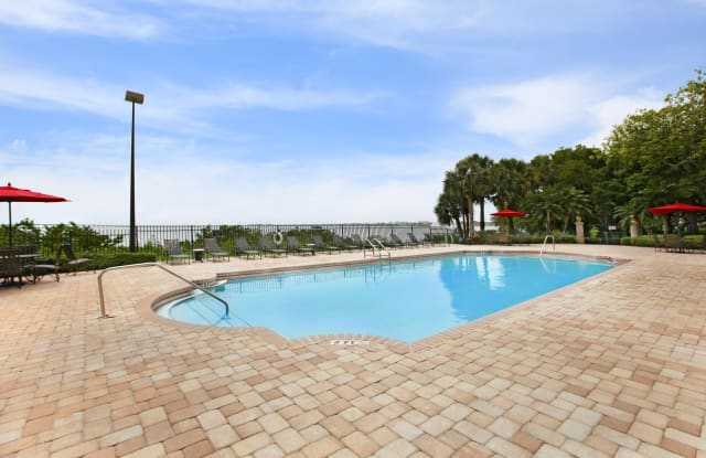 Bayside Arbors - 2729 Seville Blvd, Clearwater, FL 33764