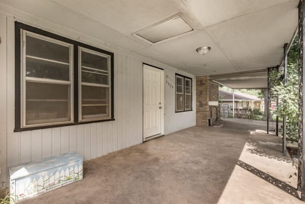 5929 North Hammond Avenue - 5929 North Hammond Avenue, Warr Acres, OK 73122