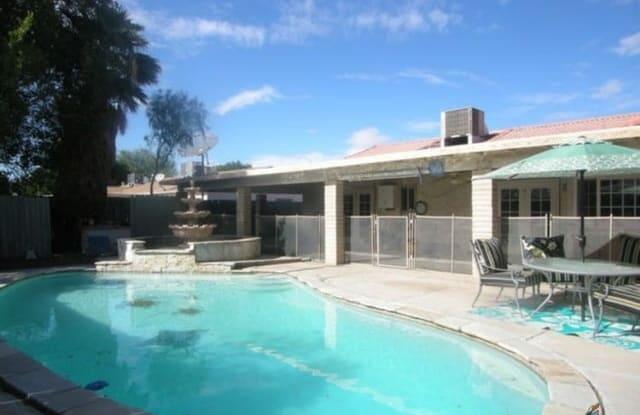 2011 LENREY AVE - 2011 Lenrey Avenue, El Centro, CA 92243