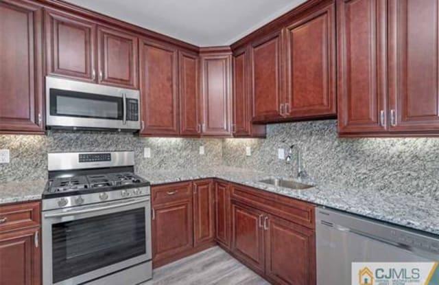 499 Hamilton Street - 499 Hamilton Street, East Franklin, NJ 08873