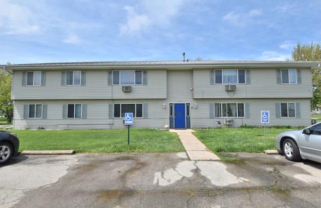 2951 9th Street - 2 - 2951 9th Street, Marion, IA 52302