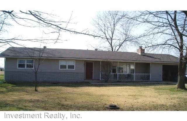 303 N Louise Ave - 303 North Louise Avenue, St. James, MO 65559