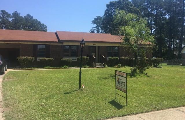 403 Botany Court - 403 Botany Court, Fayetteville, NC 28303