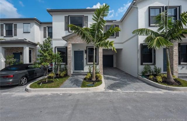 1541 SW 28th Street - 1541 SW 28th St, Fort Lauderdale, FL 33315