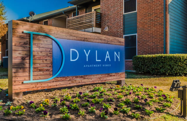 The Dylan - 2333 Escalante Ave, Fort Worth, TX 76112