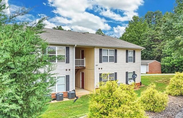 Southgate Garden - 205 Arthur Dr, Thomasville, NC 27360