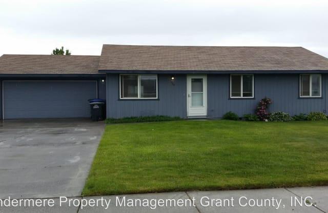 1166 Grand Drive - 1166 East Grand Drive, Moses Lake, WA 98837