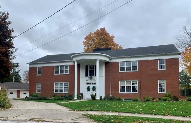 4309 Virginia Dr - 4309 Virginia Drive, Fairview Park, OH 44126