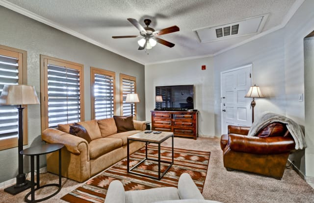 805 N 4TH Avenue - 805 North 4th Avenue, Phoenix, AZ 85003