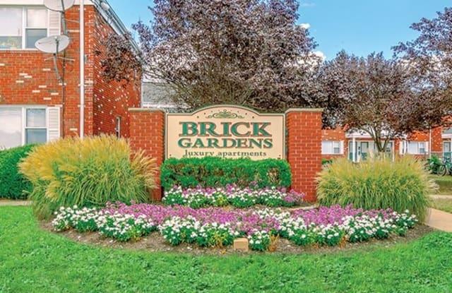 Brick Gardens - 2747 Hooper Ave, Leisure Village East, NJ 08723