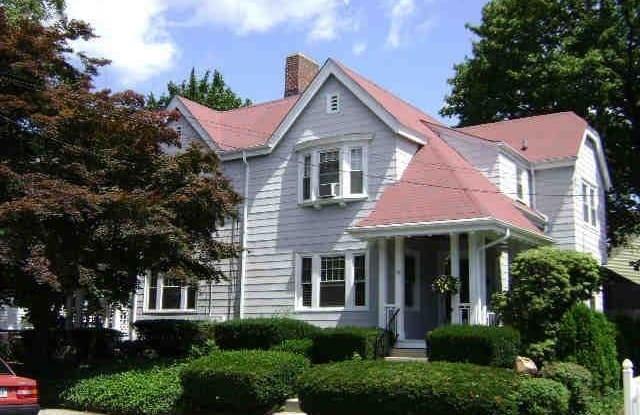 66 Maynard Street - 66 Maynard Street, Pawtucket, RI 02860