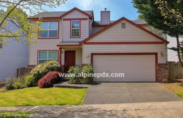215 North East Danbury Avenue - 215 NE Danbury Ave, Hillsboro, OR 97124