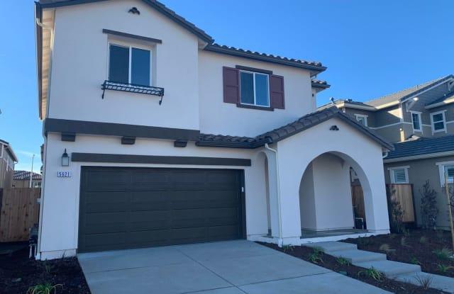 5621 Kelsey Place - 5621 Kelsey Pl, Rohnert Park, CA 94928