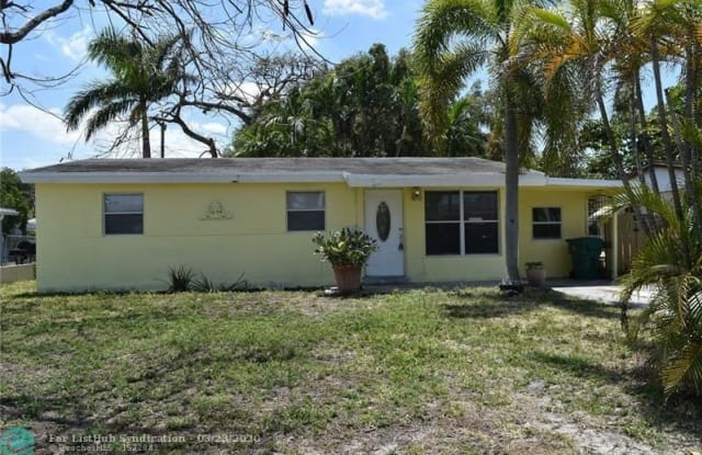 4184 SW 49th Ct - 4184 Southwest 49th Court, Dania Beach, FL 33314