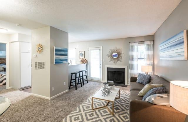 Sailboat Bay Apartments - 3221 Lynn Ridge Dr, Raleigh, NC 27613