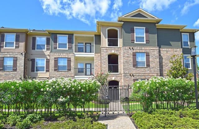 Broadstone Grand Parkway - 1111 Falcon Park Dr, Katy, TX 77494