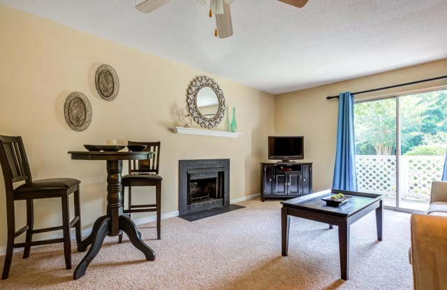Cypress Pointe Apartments - 4861 College Acres Drive, Wilmington, NC 28403