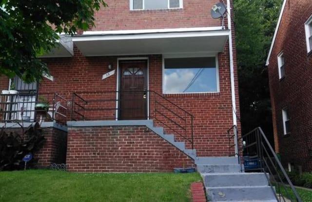35 UNDERWOOD ST NW - 35 Underwood Street Northwest, Washington, DC 20012