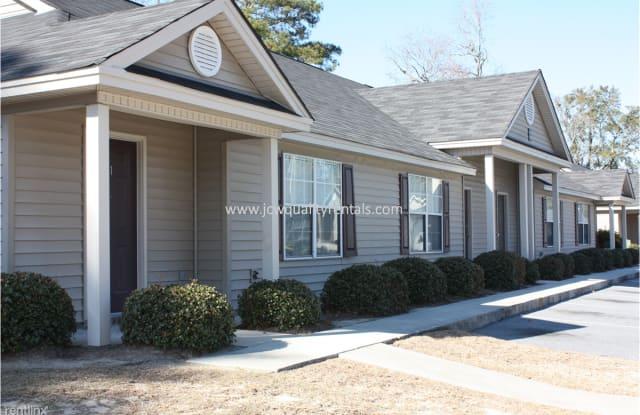 Lakeview Apartments - 1114 Mohawk Street, Savannah, GA 31419