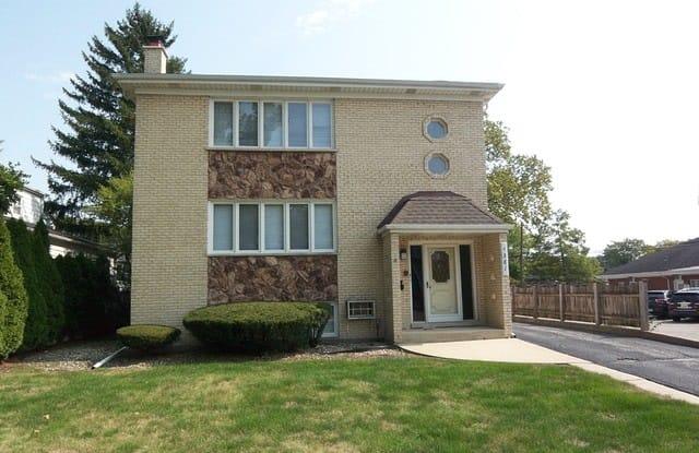4381 Woodland Avenue - 4381 Woodland Avenue, Western Springs, IL 60558