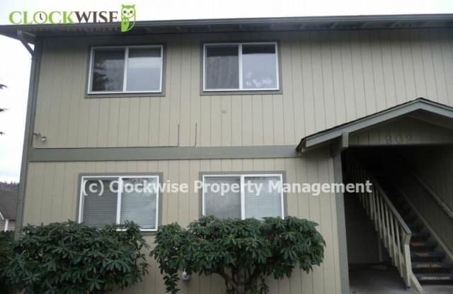 902 10TH AVE SE - 902 10th Avenue Southeast, Puyallup, WA 98372