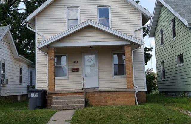1646 SHADY - 1646 Shady Drive, Toledo, OH 43612