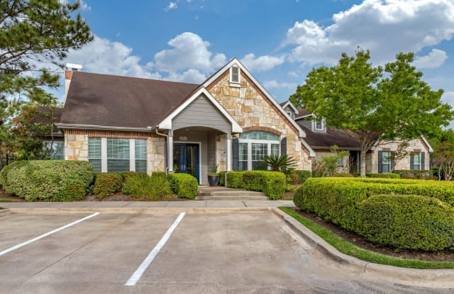 Park at Northgate Apartments - 26325 Northgate Crossing Blvd, Spring, TX 77373