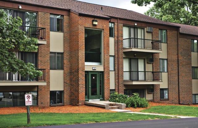Ramblewood Apartments - 4277 Stonebridge Dr SW, Wyoming, MI 49519