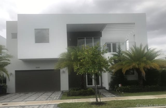 10045 NW 76th Ter - 10045 Northwest 76th Terrace, Doral, FL 33178