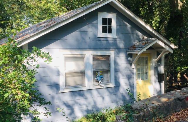 17 Cobb Ter - 17 Cobb Terrace, Chapel Hill, NC 27514