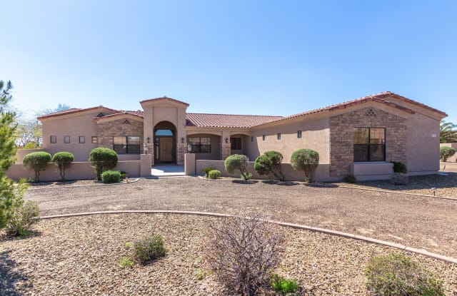 805 W WINDWARD Court - 805 West Windward Court, New River, AZ 85086