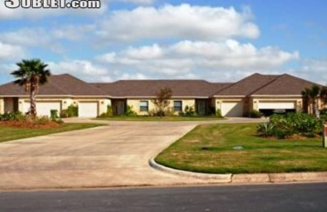 61 Torrey Pines - 61 Torrey Pines Rd, Laguna Vista, TX 78578