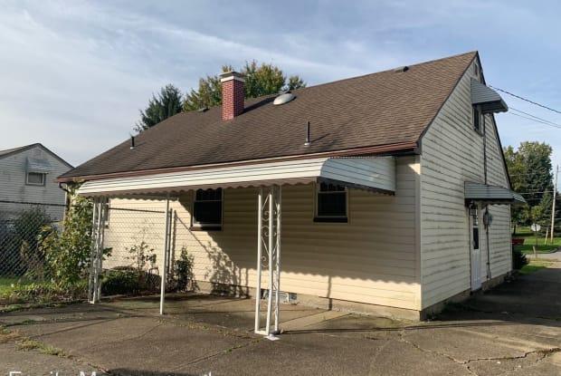 1263 Yolanda Place - 1263 Yolanda Drive, Austintown, OH 44515
