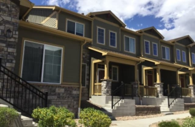 5562 W 72nd Pl - 5562 West 72nd Avenue, Westminster, CO 80003