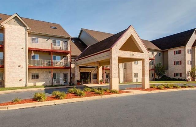 Kenosha Commons Apartment Homes - 5500 60th Street, Kenosha, WI 53144