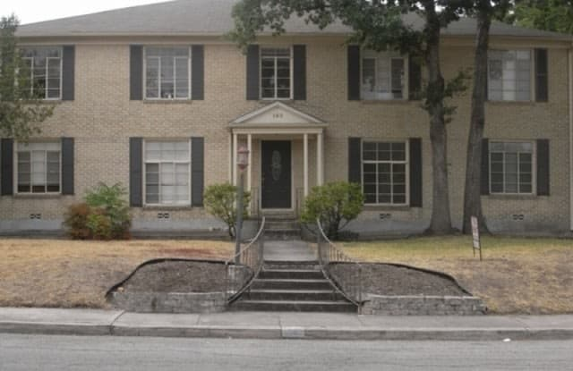 152 TERRELL RD - 152 Terrell Road, Alamo Heights, TX 78209