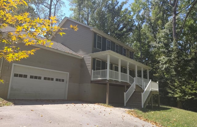 562 THUNDERBIRD DRIVE - 562 Thunderbird Drive, Chesapeake Ranch Estates, MD 20657