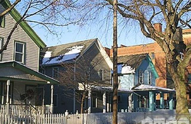 1687 Bridge Avenue - 1687 Ridge Avenue, Toronto, OH 43964